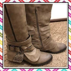 NWT Very Cute & Comfy Boots.